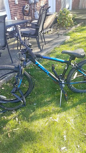 TREK Mountain Bike for Sale in Mount Prospect, IL