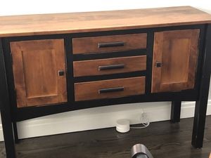 Accent piece .dining table side table for Sale in Chicago, IL