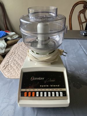 Oster blender with food chopper for Sale in Imperial, MO