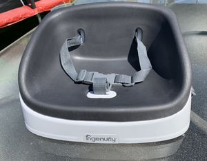 Ingenuity gray booster seat for Sale in Seattle, WA