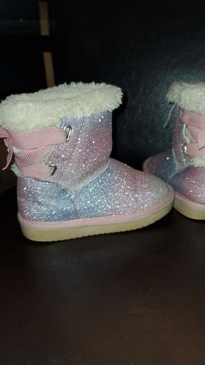 Size 8 little girls glittery fur boots for Sale in Denver, CO