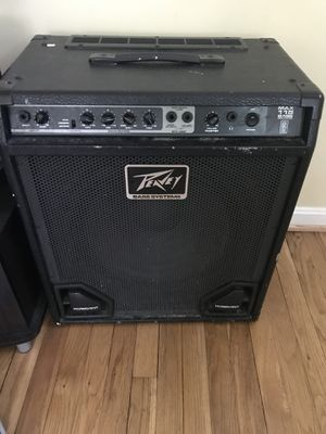 Peavey bass. And speakers. for Sale in Silver Spring, MD