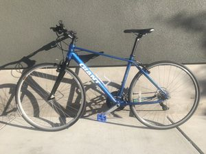 Giant Escape Hybrid Bike - Clean for Sale in Oakland, CA