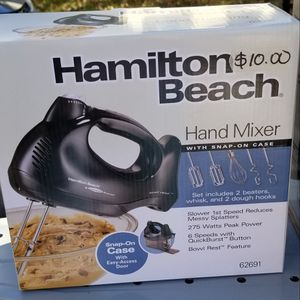 Hamilton Beach hand mixer for Sale in Manassas, VA