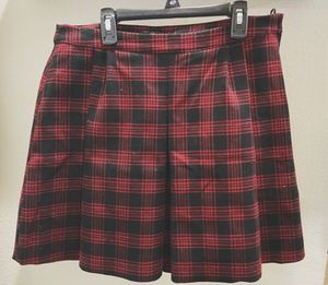 H&M Plaid Skirt for Sale in Addison, TX