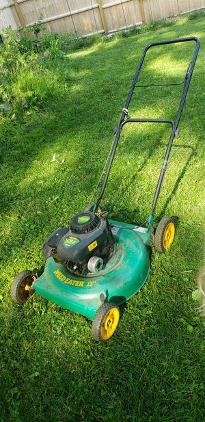 Weed Eater Lawn Mower, 22 inch 4.5 hp for Sale in Arlington, MA