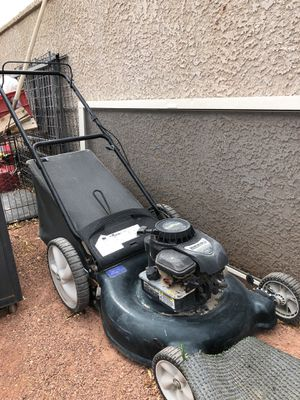 Lawn Mower (read description) for Sale in Las Vegas, NV