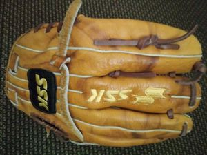 Ssk baseball glove mitt softball for Sale in San Leandro, CA