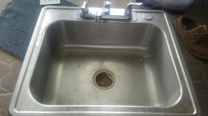 Kitchen sink with faucet for Sale in North Miami Beach, FL