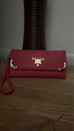 Wallet Prada Red for Sale in Lawndale, CA