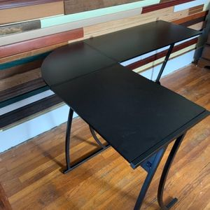 L Shaped Corner Computer Gaming Modern Workstation for Small Space Home Office, Black for Sale in Jersey City, NJ
