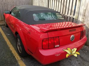 2005 Ford mustang SALVAGE TITLE for Sale in Gaithersburg, MD