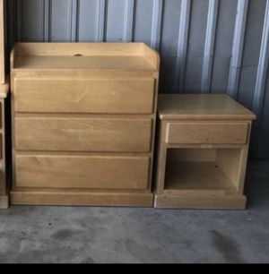 Changing table and night stand for Sale in Fontana, CA