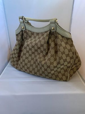 100% authentic Gucci canvas tote bag for Sale in Miami Gardens, FL