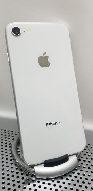 iPhone 8 Pearl White Unlocked for T-mobile and Metro pcs for Sale in Huntington Park, CA