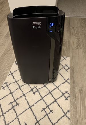 Portable Air Conditioner with 14,000 BTUs De'Longhi - Black for Sale in West Hollywood, CA