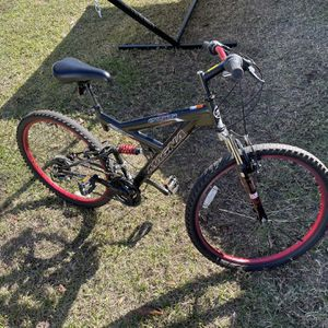 Magna Mountain Bike For Sale for Sale in Port Orange, FL