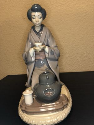 Lladro #5122 August Moon for Sale in San Diego, CA