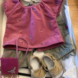 American Girl Field Trip Outfit 2001 In Box for Sale in Lakeville, MN