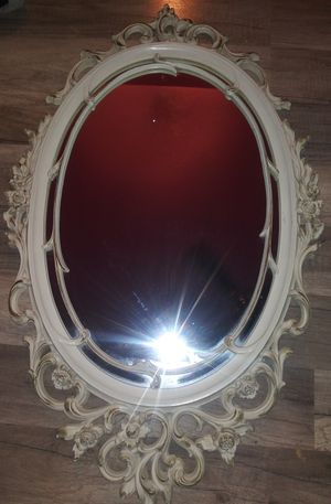 Antique looking mirror for Sale in Perris, CA