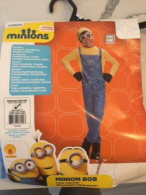 Brand new minion costume size medium 8-10 for Sale in Brooklyn, NY