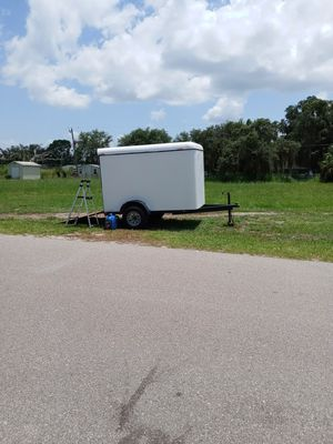 5x8 enclosed trailer everything works great!! for Sale in Punta Gorda, FL