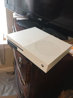 Xbox one s like new games installed on console 2k19, PubG etc. for Sale in Covington, GA
