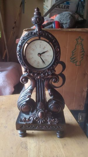 Antique looking clock for Sale in Oregon City, OR
