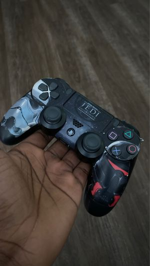 Customized ps4 controller for Sale in Sterling, VA