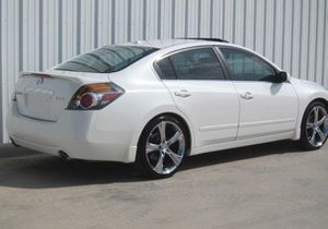 2007 Altima SL Price 8OO$ for Sale in Frederick, MD
