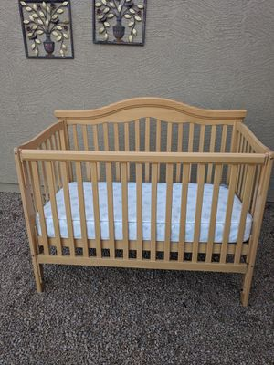 Crib and mattress 3 in 1 for Sale in Youngtown, AZ