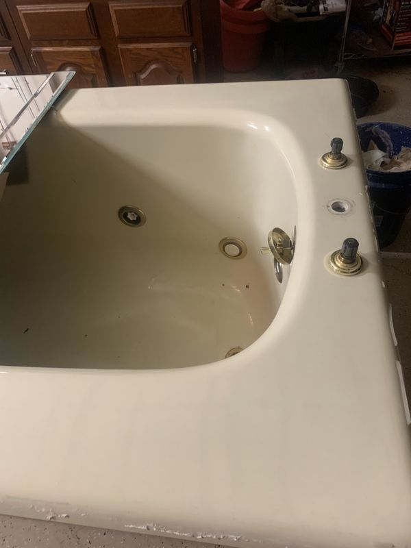 Whirlpool Tub with Heater