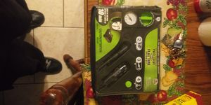 Flat tire kit with ooze to seal tires for Sale in Cleveland, OH