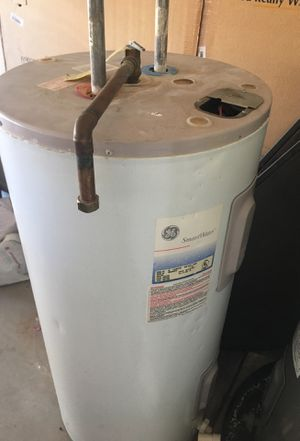 GE Water Heater old. Non working. for Sale in Scottsdale, AZ