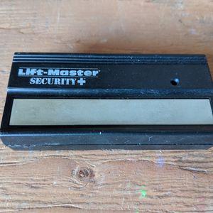 Liftmaster Garage Door opener. for Sale in Santa Ana, CA