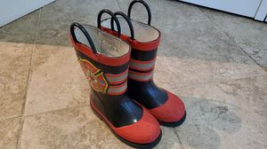 Toddle rain boots size 7 - 8 for Sale in Edgewood, WA