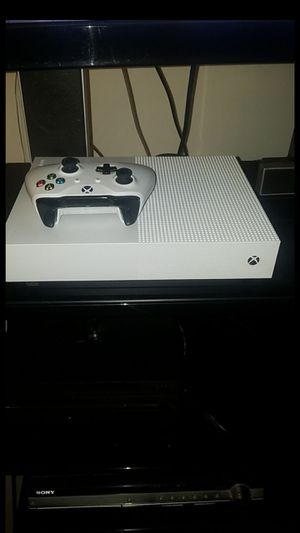 Xbox1 S for Sale in Sanger, CA
