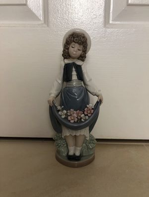 Nao By Lladro porcelain Figurine for Sale in Herndon, VA