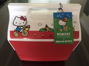 IGLOO Collaboration Series X Hello Kitty for Sale in Moreno Valley, CA