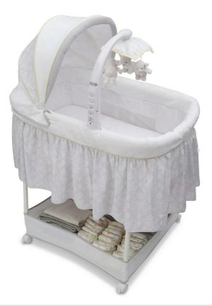 Simmons kids Elite Gliding Bassinet for Sale in West Springfield, VA
