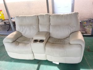 Electric Leather 2 seater recliners (beige color) FREE DELIVERY for Sale in Fort Meade, FL
