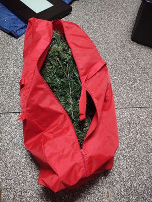 Christmas tree free for Sale in Land O Lakes, FL