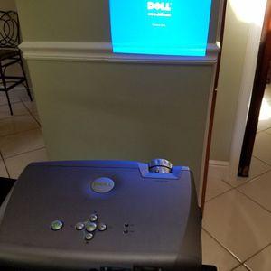 DELL PROJECTOR w/ Case and Cables for Sale in Miami, FL