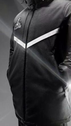 Men's Nike NFL SUPER BOWL 48 XLVIII 550 Down Parka Jacket Seahawks/Broncos XXL for Sale in Stockton,  CA