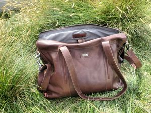 Spike and Sparrow Brown Leather Shoulder Satchel Laptop Bag Brand New for Sale in HUNTINGTN BCH, CA