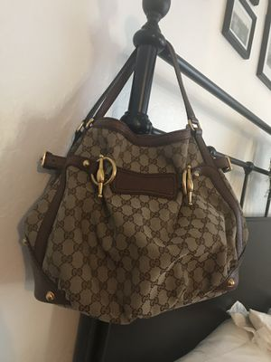 Gucci Hobo bag in great condition for Sale in Goodyear, AZ