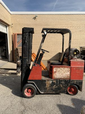 Allis Chalmers forklift for Sale in Elk Grove Village, IL