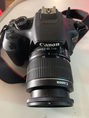 Canon t5 dslr camera with lens for Sale in Cerritos, CA
