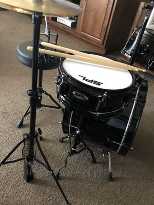 SPL mini drum kit with drum sticks for Sale in Lindale, TX