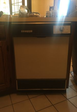 Dishwasher for Sale in Lancaster, PA